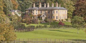 007 james bond daniel craig house mansion real estate agent byemould